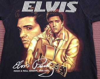 Awesome vintage 90's Elvis Presley double-sided t-shirt medium