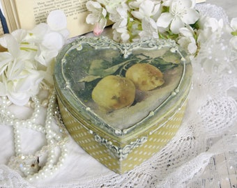 Handmade box with lemons, Romantic decoupage box, wooden box, shabby chic decor, jewellery box, decoupage box, vintage box