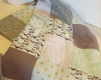 Mint Deer/Stag Head Quilt