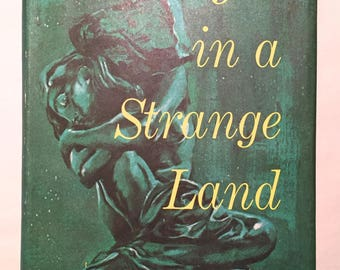 Stranger in a Strange Land - Robert A. Heinlein (Book Club BCE 1961 38K Code Hardcover w/ Dust Jacket) Science Fiction Classic Sci-Fi
