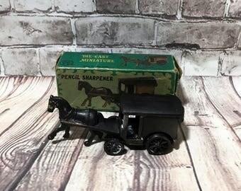Vintage Antique Finished Die Cast Miniature Horse & Buggy Metal Pencil Sharpener