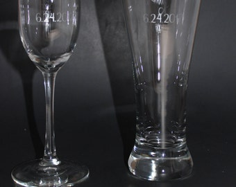 Mr. Mrs.Toasting Glass and Tall Beer Glass, Mr & Mrs Etched Toasting Glasses, Etched Mr and Mrs Champagne and Beer Glass,Set of 2