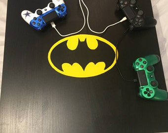Batman controller charging station