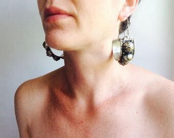 Kuchi Hoop boucles d'oreilles.  Grande et spectaculaire mais léger! La danse du ventre Costume Goth