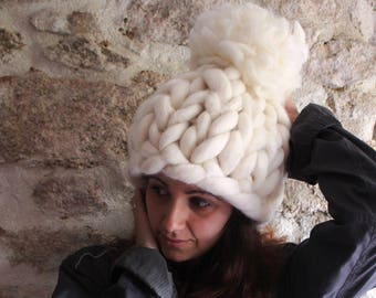 White Oversized Hat, Winter Pom Pom Hat,  Women Hat, Thick Knit Hat, Wool Chunky Hat, Teen Girls Hat, Giant Pom Pom Hat. Gift for Women.