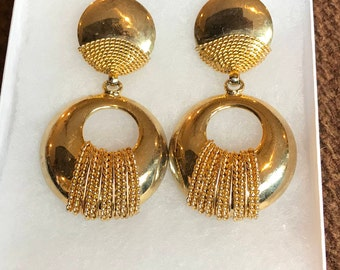 Vintage Large Gold Tone Clip On Earrings, Retro
