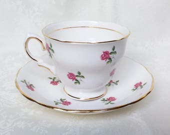 Pretty Rosebud Colclough Cup & Saucer, Vintage English Bone China, Vintage Tea Cups, Teacup and Saucer Rose Pattern Mint Condition