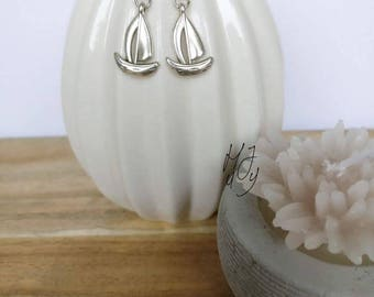 Earrings sailingboat, earrings maritme, earrings sailing, earrings sea, earrings nautic, earrings summer