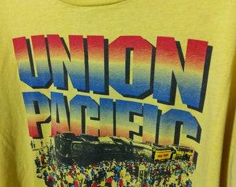 XL Vintage T-Shirt Screen Stars Best Yellow with Brightly Colored Union Pacific Railroad Graphic