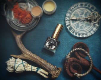 Odin, The Wanderer - Natural Perfume • Warm and woody, masculine fragrance • Natural Fragrance • Vegan Perfume • All Natural Perfume