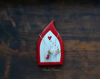 Valentine Fairy Door, Handmade Wood Fairy Door, Valentine's Day Gift, Wedding Gift, Red Fairy Door,  Gift for her,  Unique Gift