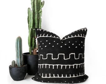 Mudcloth Pillow, African Mudcloth, Throw Pillow, Africa Fabric, Boho Pillow, African Mud cloth, Tribal Pillow,Lumbar Pillow,Mudcloth Cushion
