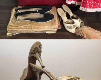 FLAMENCO SET   Marilyn Heels   1940s Vintage Gainsborough RARE Ivory Leather Gold + Pearl High Heel Mules  Size 6