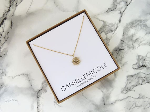 CZ Snowflake Necklace, Dainty Necklace, Everyday Jewelry, Dainty Jewelry, Gifts for Her, Valentines Day Gift, Simple Necklace