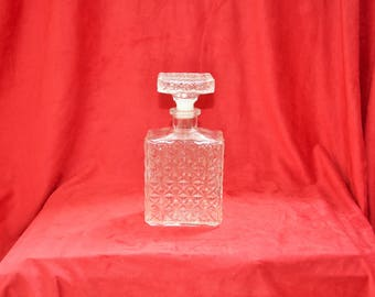 Rectangular glass whiskey decanter