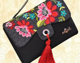 Clutch with craft fabric