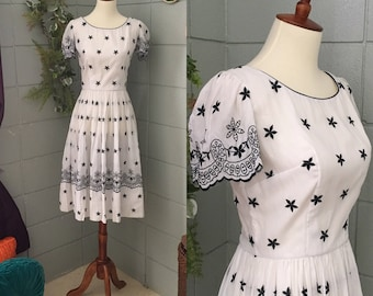 1950's Embroidered Fit and Flare Dress