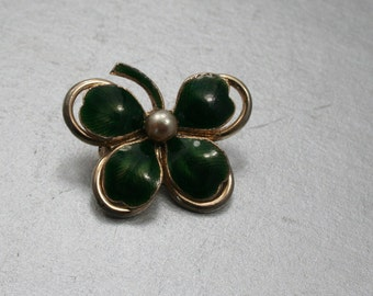 Vintage Four Leaf Clover Brooch, Four Leaf Clover Pin, St. Patty Day Jewelry, Clover Leaves, Green Clover Pin, Fancy St. Patty's Jewelry