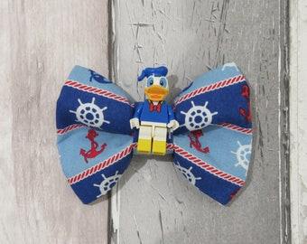 MiniFigure Disney Donald Duck Lego Dog Bow Tie, Dog clothing, Doggy Bow Tie, Puppy Bow Tie, Detachable Bow Tie, Slip on bow tie