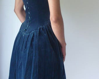 Vintage Laure Ashley Green Velvet 50s Prom Dress, The people who love it and understand it are the people who own it, for a little while.