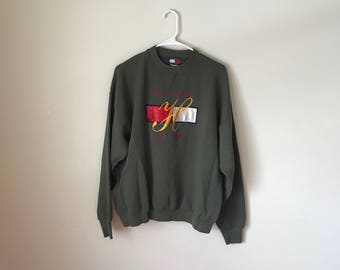 Tommy Hilfiger Bootleg vintage Crewneck Sweatshirt | clothing, clothes | gift for him | gift for her