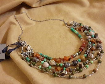 Necklace with carnelian, Jasper, Participantses