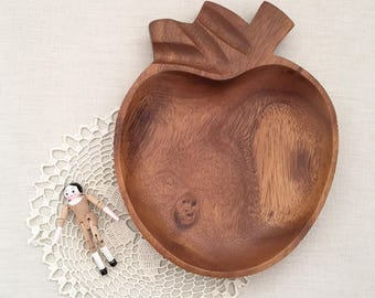 Vintage Wood Monkeypod apple snack dish - Bohemian Jungalow Boho Eclectic Home Style Decor monkey pod 70s wooden plate fruit - nursery #0509