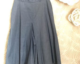 "Vintage 1970s Size 26"" Blue Gray High-Waist Culottes Shorts"