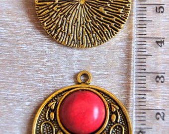 Floral pendant and Red resin cabochon