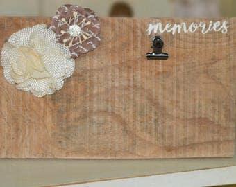 Memories pallet picture clip holder