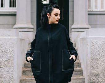 Oversized Jacket, Black Wool Jacket, Urban Jackets, Warm Jacket, Ladies Black Coat, Plus Size Jackets, Streetwear Clothing, Balloon Coat