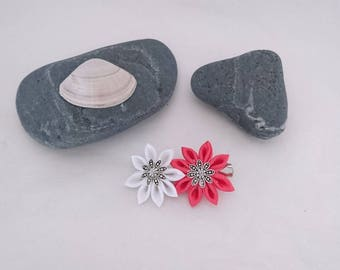 2 simple pink and white kanzashi flower hair clip.