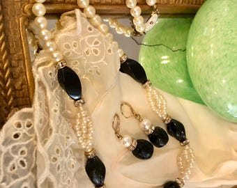 Vintage Faux Pearl and Black Beaded Necklace and Earrings with Rhinestones/Beads/Jewelry Set