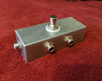Guitar loop bypass pedal