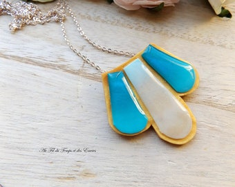 Necklace Small Golden Plate and Color of the Ocean
