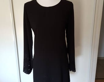 Lightweight black tunic