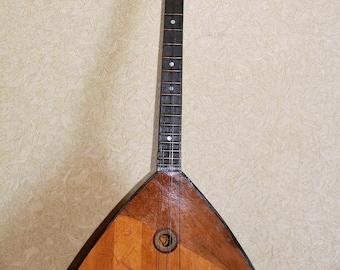 BALALAIKA Russian Folk Instrument 6 string VINTAGE USSR Chernigov Musical Factory
