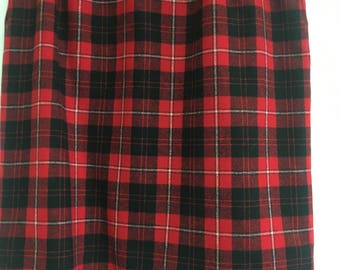 Vintage wool plaid Pendleton skirt.  80's/90's