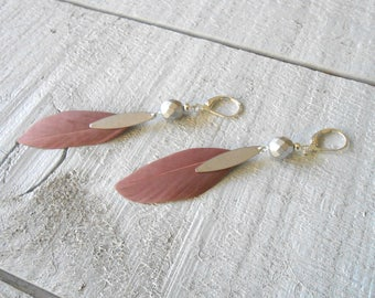 Silver Earring, glass beads and old pink feather