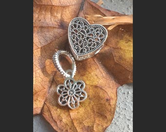 SALE! 2 Sterling Silver Charm Bead - Floral Daisy Lace Dangle Charm-Filled with Romance-Pandora Charm Fits European & Pandora Charm Bracelet