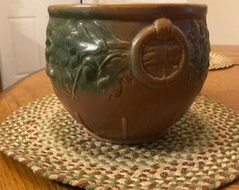 A genuine vintage McCoy planter