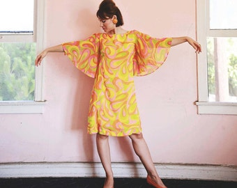 Psychedelic Late 1960's Bright Multi Color Cotton Bell Sleeves Dress/Medium-Large