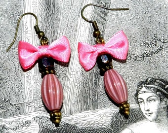 Earrings retro pink and red glass beads with small satin bow