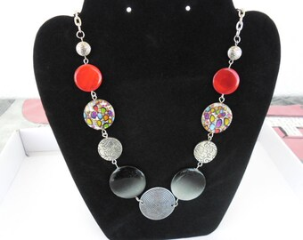 Necklace flat round beads