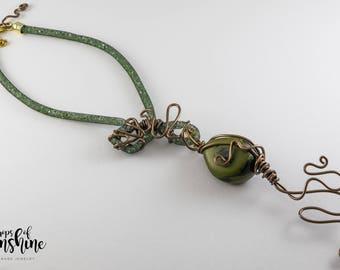 Olive sunshine necklace