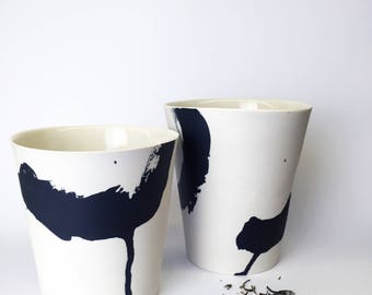 ZEN 3 l: black and white porcelain, calligraphic look through stake contrasts, unique