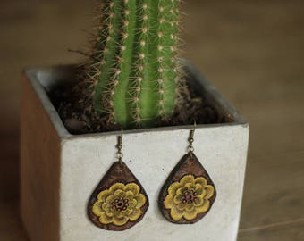 Viviana Sunflower Natural Earrings | Leather Earrings | Birthday Gift | Anniversary | Gifts under 25 | Handmade | Gifts for Her