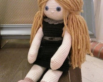 "Crochet cotton thread and yarn ""Soft Eléa"" doll."