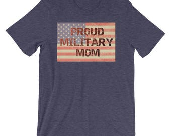 Proud Military Mom American Flag Distressed Text Short-Sleeve Unisex T-Shirt