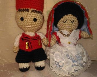 Dolls in Sardinian costume Amigurumi